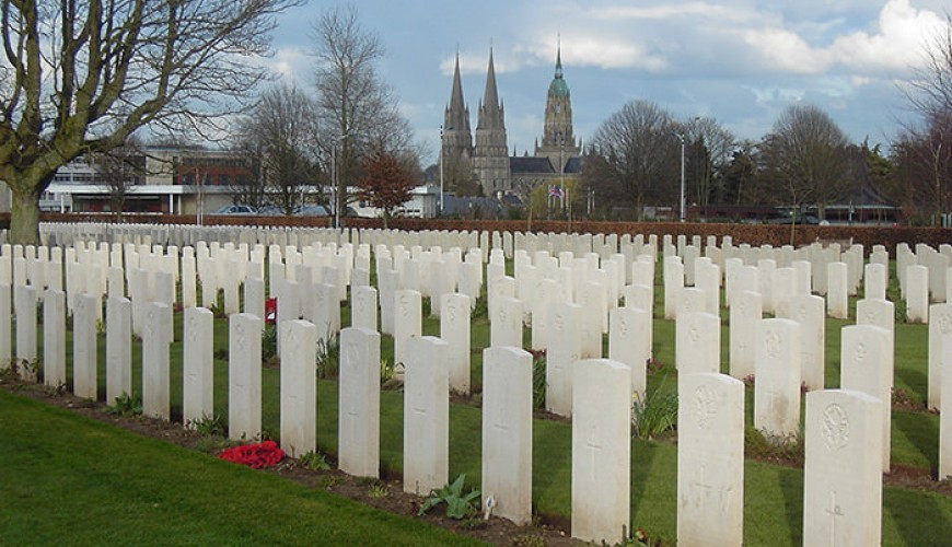 British cemetery Bayeux, Normandy guided tour