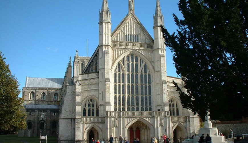Winchester Cathedral guided tour