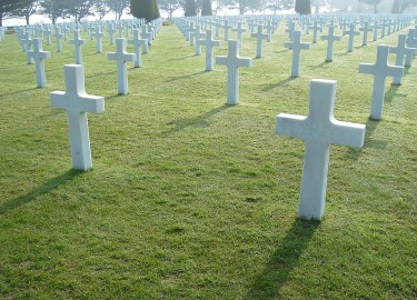 US cemetery Omaha Beach guided tour