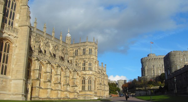 Windsor Castle and St Georges Chapel driver tour