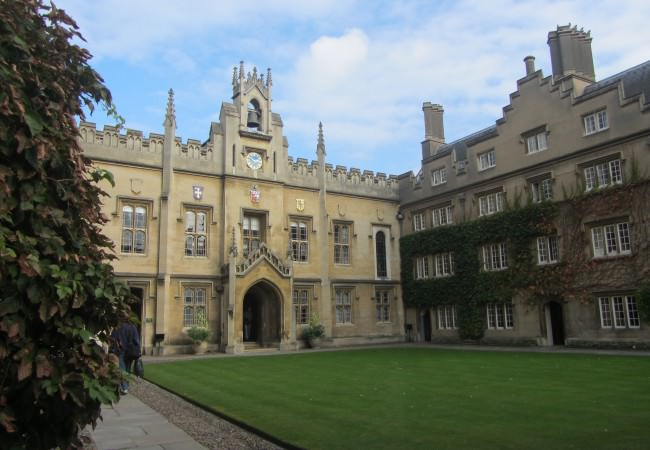 Cambridge University driver tour