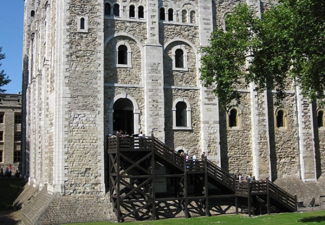 guided day tours from london