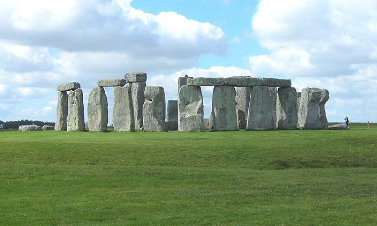 Stonehenge guide tour