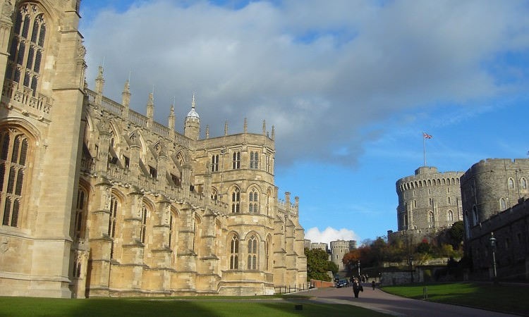 Windsor castle st Georges chapel driver tour